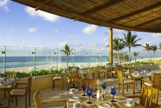 Ellen picks Grand Velas as a top resort for dining.