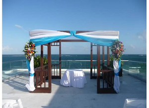 michelle-wedding-gazebo
